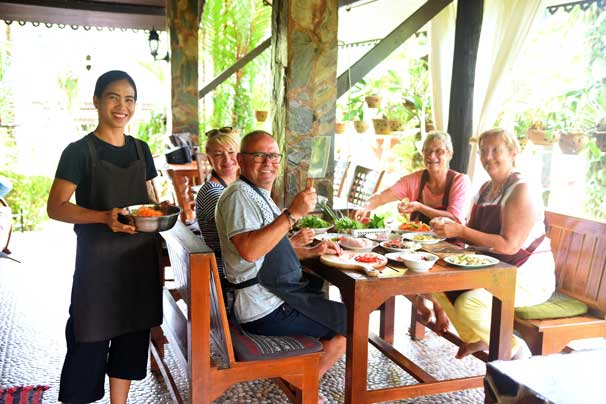 A Thai cooking class with Pui